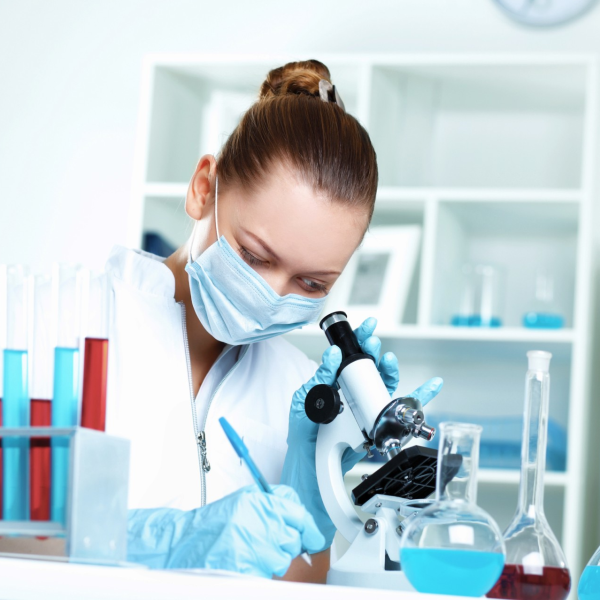Kozzi-young-scientist-working-in-laboratory-content